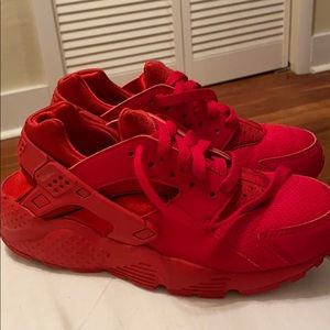 Youth Nike Huaraches - size 4